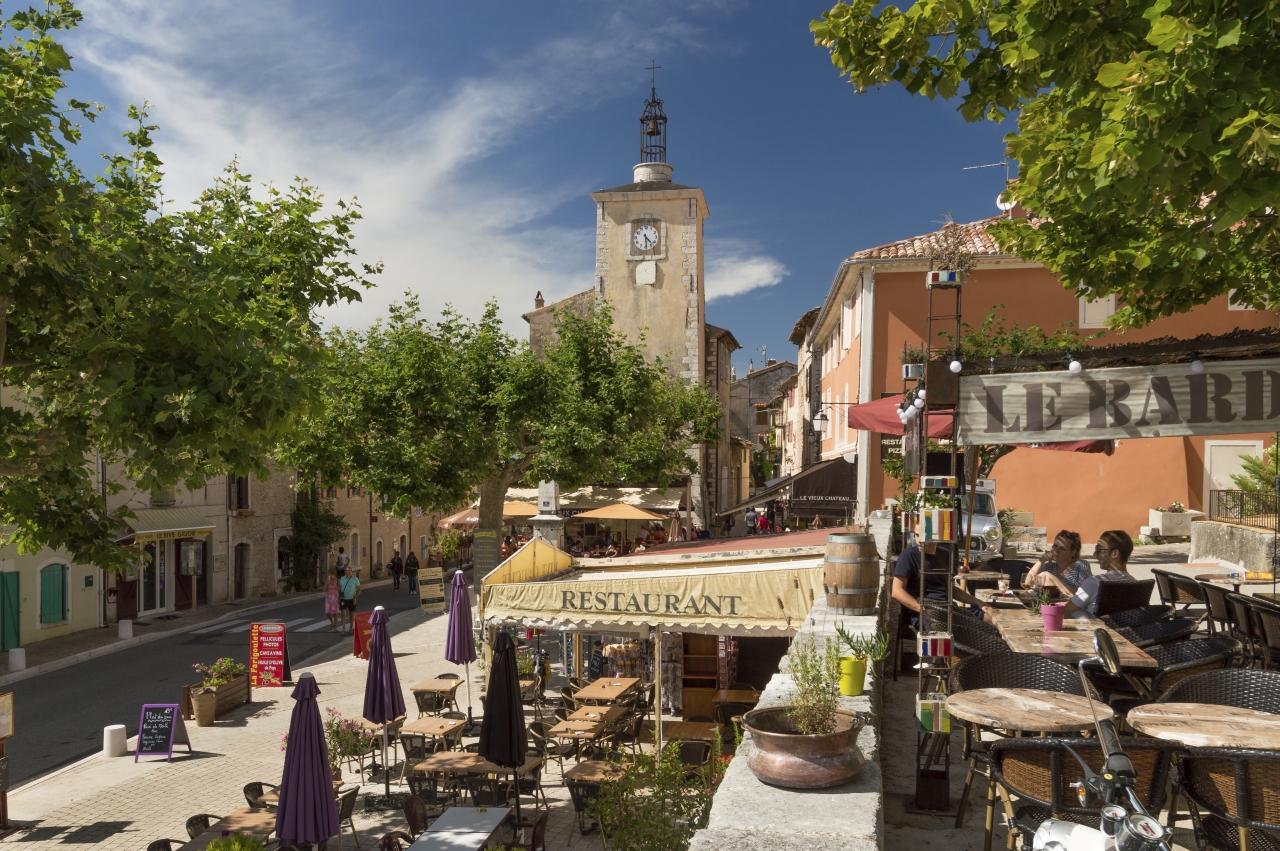 Aiguines am ausgang der schluchten des verdon provence for Lcl salon de provence