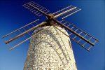 Die Geschichte von Allauch reicht bis ins 10. Jahrhundert zurück. Auch die alte Mühle zeigt den historischen Charme der Stadt.
