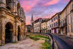 Arles gehört zu den sehenswertesten Städten der Provence. Vor allem die Altstadt ist wunderschön.