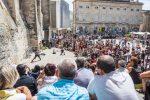 """Parallel zum Theaterfestival von Avignon läuft das Festival """"Off"""" mit mehr als 1.400 Aufführungen an über 130 Orten in Avignon."""