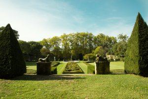 Die Albertas-Gärten aus dem 18. Jahrhundert sind eine der Sehenswürdigkeiten in Bouc-Bel-Air.