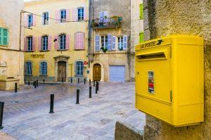 Die gemütliche Stadt Brignoles liegt rund 60 Kilometer von Aix-en-Provence entfernt.