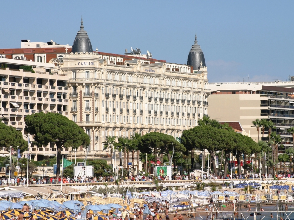 Hotel   Cannes Booking