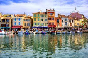 Cassis ist eine französische Gemeinde mit rund 7.000 Einwohnern.