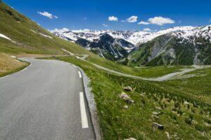 Die Aussicht auf den Straßen des Col de la Bonette ist eine Reise wert.