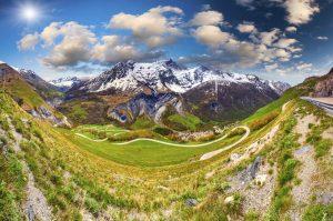 Mit einer maximalen Steigung von 5,9 Prozent eignet sich der Col du Lautaret hervorragend für die Tour de France.