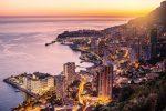 Monaco ist ein extrem dicht besiedelter Staat an der Côte d'Azur.