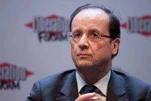 Nach der ersten Runde der Kommunalwahlen in Frankreich feiert allein die rechtspopulistische Front National. Im Lager der regierenden Sozialisten um Präsident François Hollande macht sich Katerstimmung breit.
