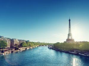 100 Millionen ausländische Besucher pro Jahr. So das Ziel der französischen Regierung, die das Land für Touristen nun noch attraktiver gestalten möchte.