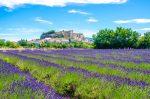 Gordes ist eine französische Gemeinde im Département Vaucluse in der Region Provence-Alpes-Côte d'Azur.