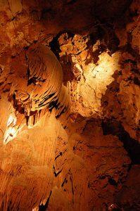 Die Grotte de Saint Cézaire liegt in der Nähe von Grasse in der Provence.
