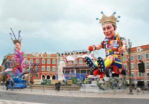 Jahr für Jahr feiern mindestens 400.000 Besucher den Karneval in Nizza.