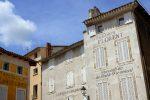 Die französische Gemeinde liegt in der Nähe von Avignon.