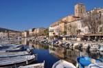 Im Hafen von La Ciotat liegen viele Boote.