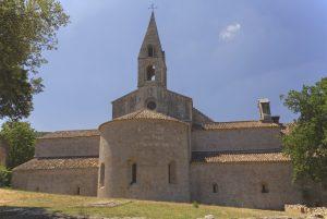 Die Abtei Le Thoronet liegt wenige Kilometer von Le Thoronet entfernt.
