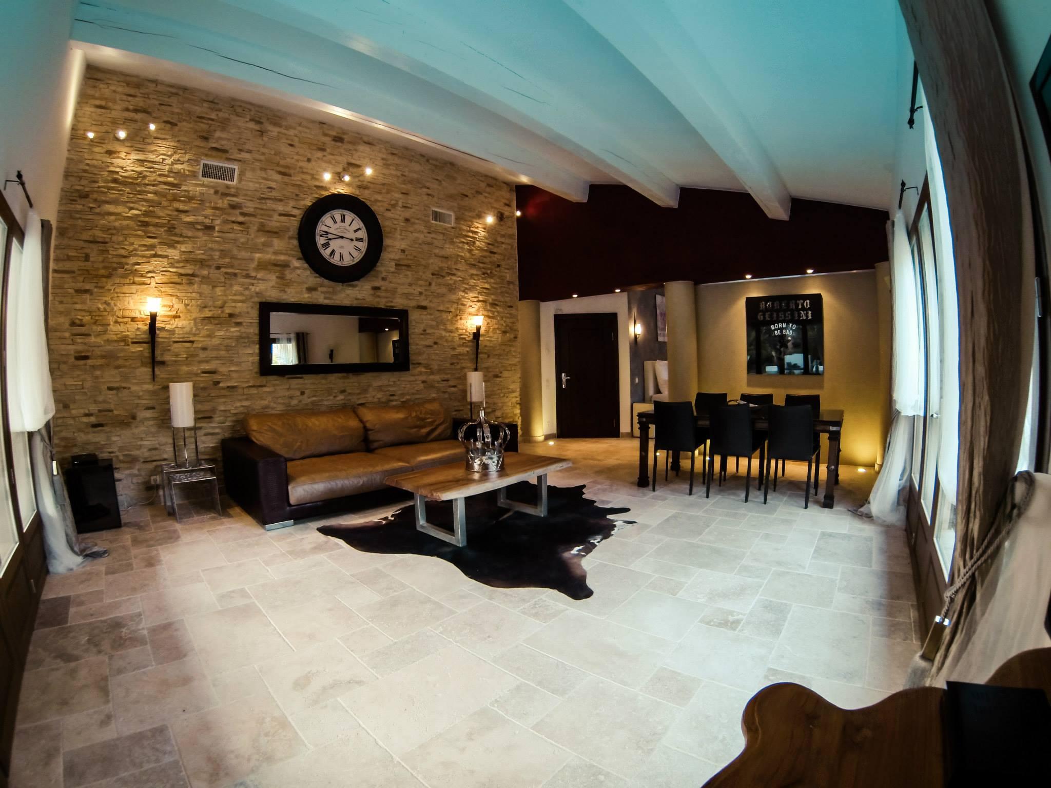 Die Geissens Er 246 Ffnen Luxus Hotel In Der Provence