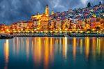 Menton ist nicht nur in der Dämmerung eine der schönsten Augenweiden der Provence.