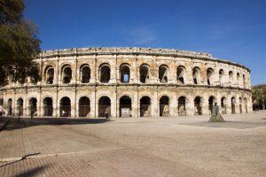 Das Amphitheater ist eine der schönsten Sehenswürdigkeiten in Nîmes.