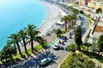 Die Promenade des Anglais ist eine sieben Kilometer lange Straße in Nizza.