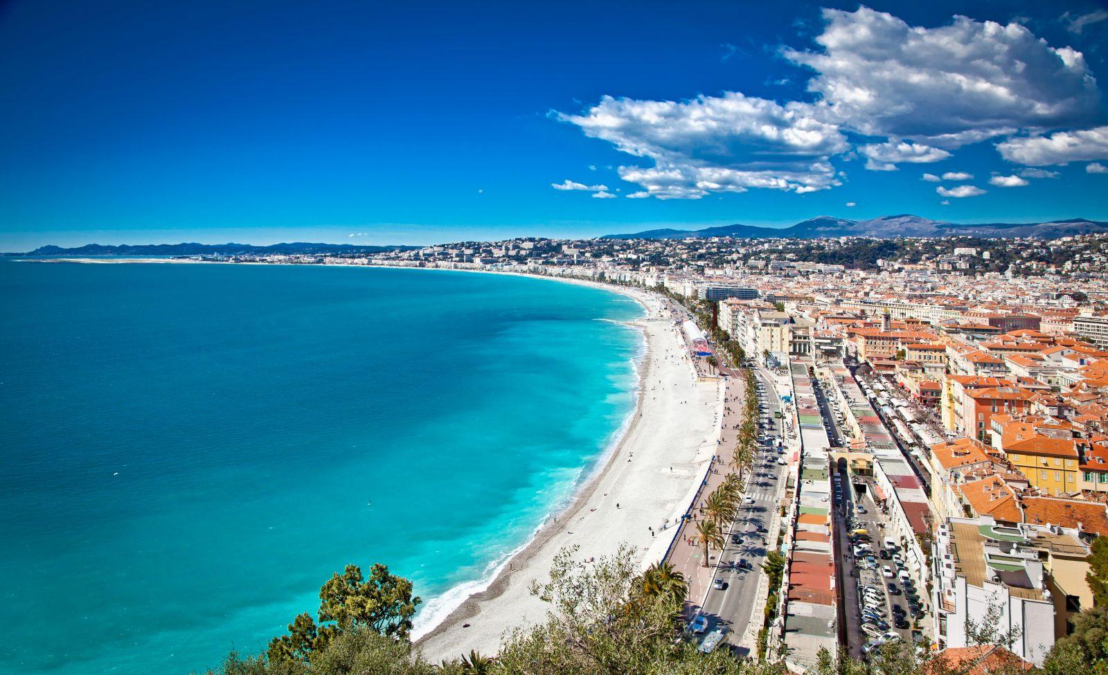 """Im wunderschönen Nizza findet auch in diesem Jahr das Kunstfestival """"Freiheit der Kunst"""" statt."""