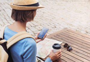 Viele Apps erleichtern den Provence-Urlaub.