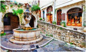 Saint-Paul-de-Vence ist eine Stadt mit unglaublich viel Charme.
