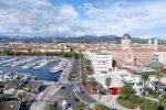 Saint-Raphaël ist eine französische Hafenstadt mit 35.296 Einwohnern.