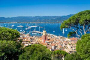 Saint-Tropez ist eine der schönsten Städte in Südfrankreich.