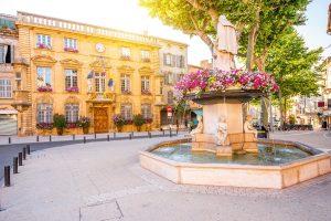 Salon-de-Provence ist bekannt als Alterswohnsitz von Nostradamus.