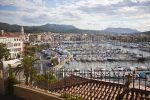 Sanary-sur-Mer ist eine französische Gemeinde mit rund 16.500 Einwohnern.