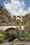 Interessanter Streckenverlauf bei Breil-sur-Roya: Der Teil unten führt nach Italien, der oben nach Frankreich. Foto: By Markus Schweiss [CC BY-SA 3.0], via Wikimedia Commons