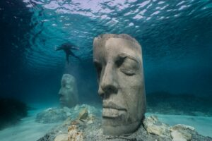 Das Unterwassermuseum von Jason deCaires Taylor weist auf den schlechten Zustand des Mittelmeeres hin. Foto: Jason deCaires Taylor