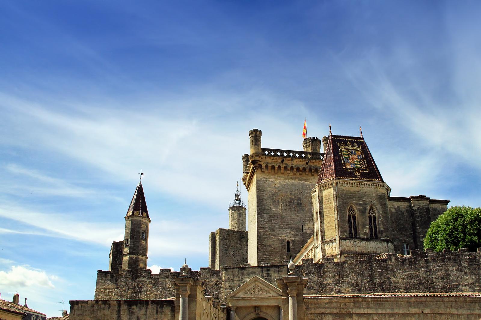 Frankreich ist eine Kulturnation und die Förderung der Kultur zentrale Aufgabe des Staates. Davon profitiert auch das 8500-Einwohner-Städtchen Uzès in der Provence.
